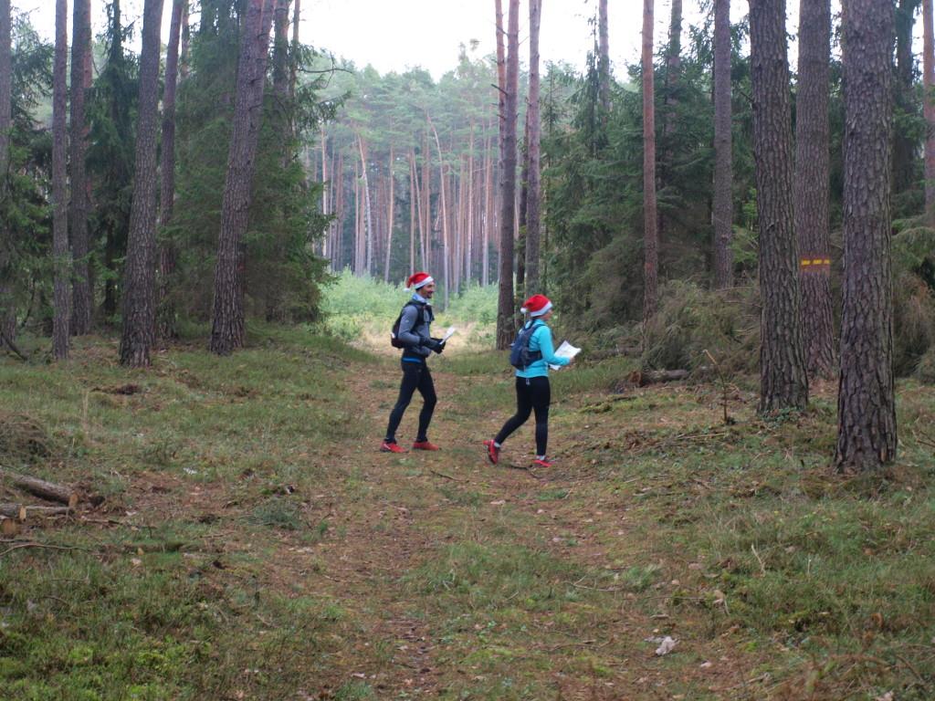 Mikołaje w lesie :)